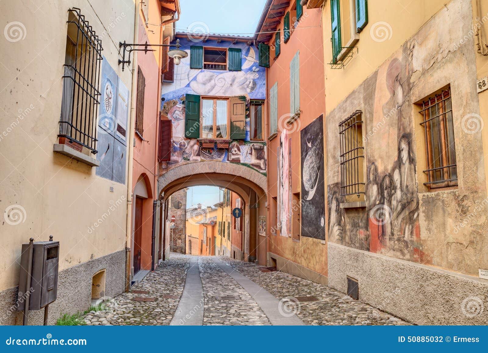 Peintures sur les murs dans dozza italie photographie for Dans italien