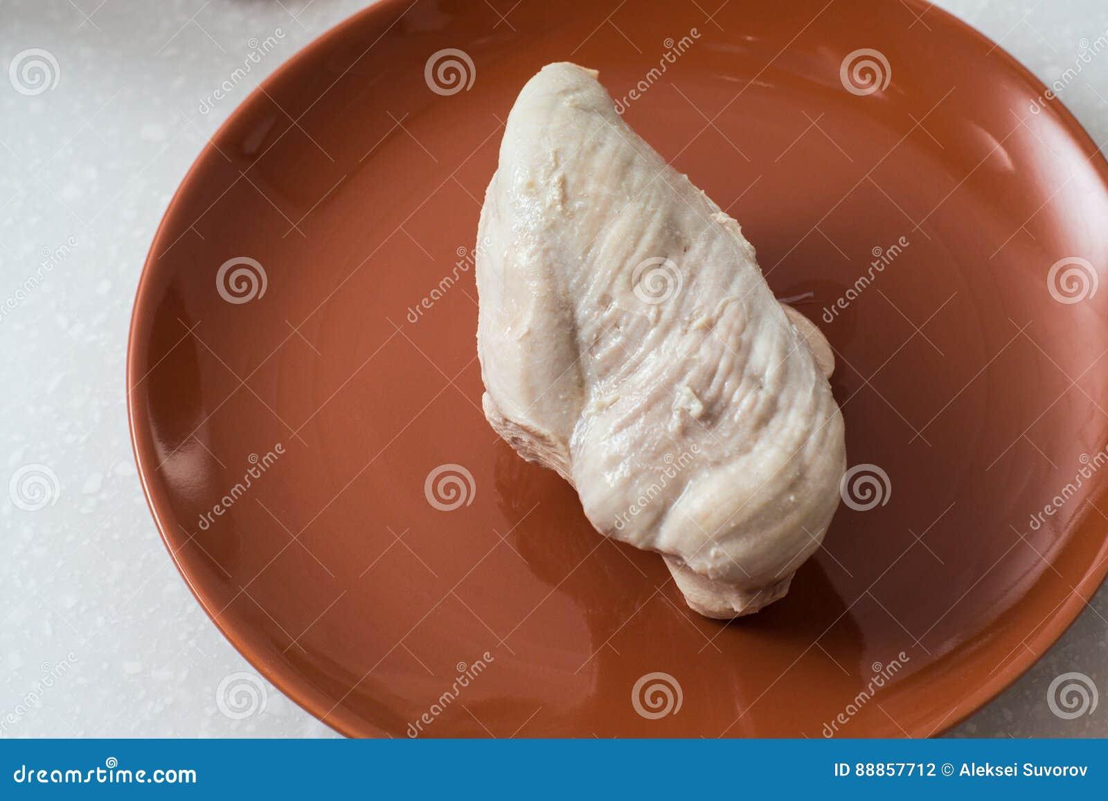 Peito de frango cozinhado