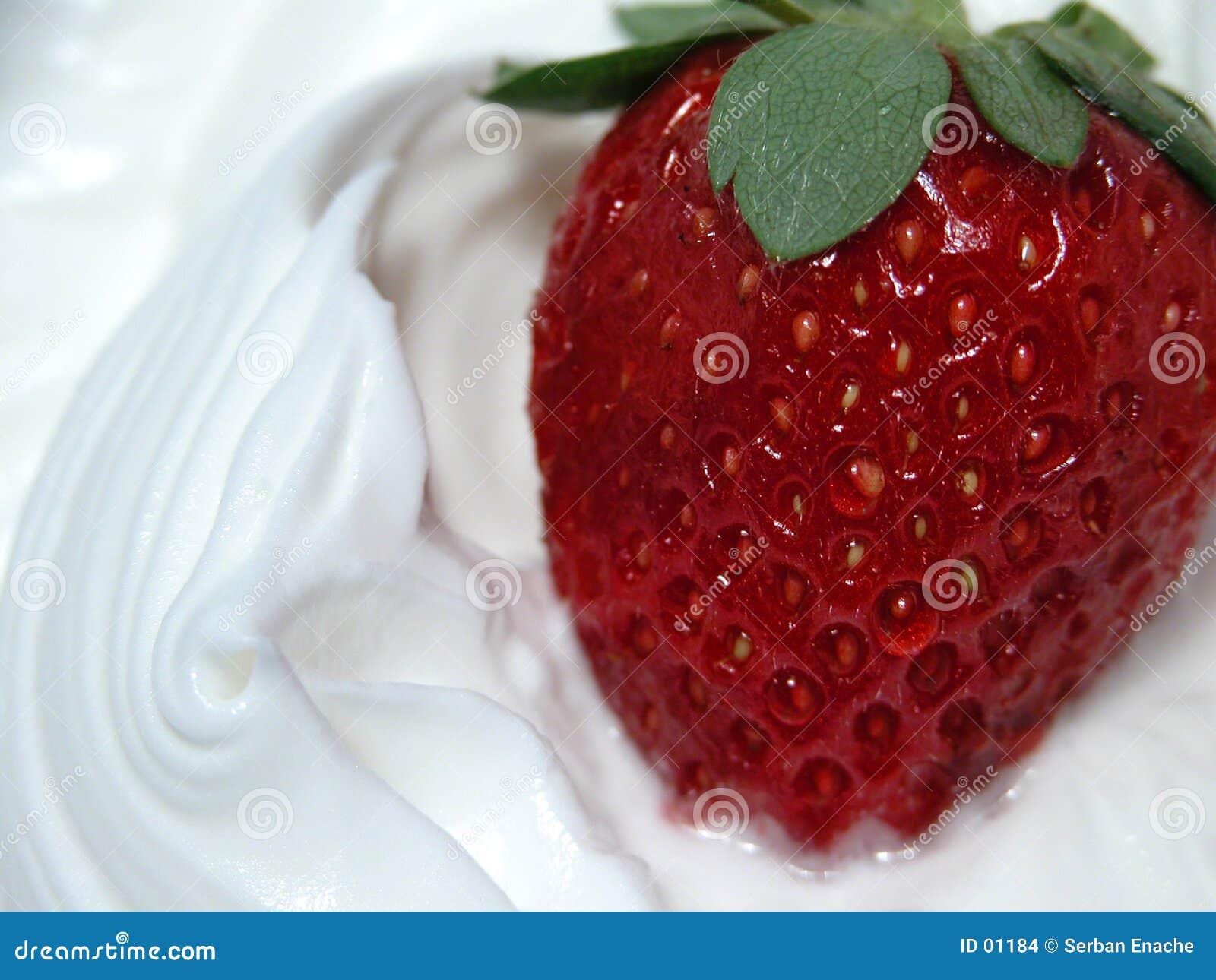 Peitsche und Erdbeere