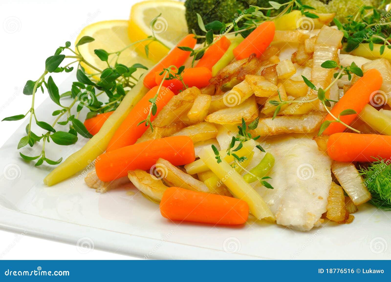 Peixes cozinhados
