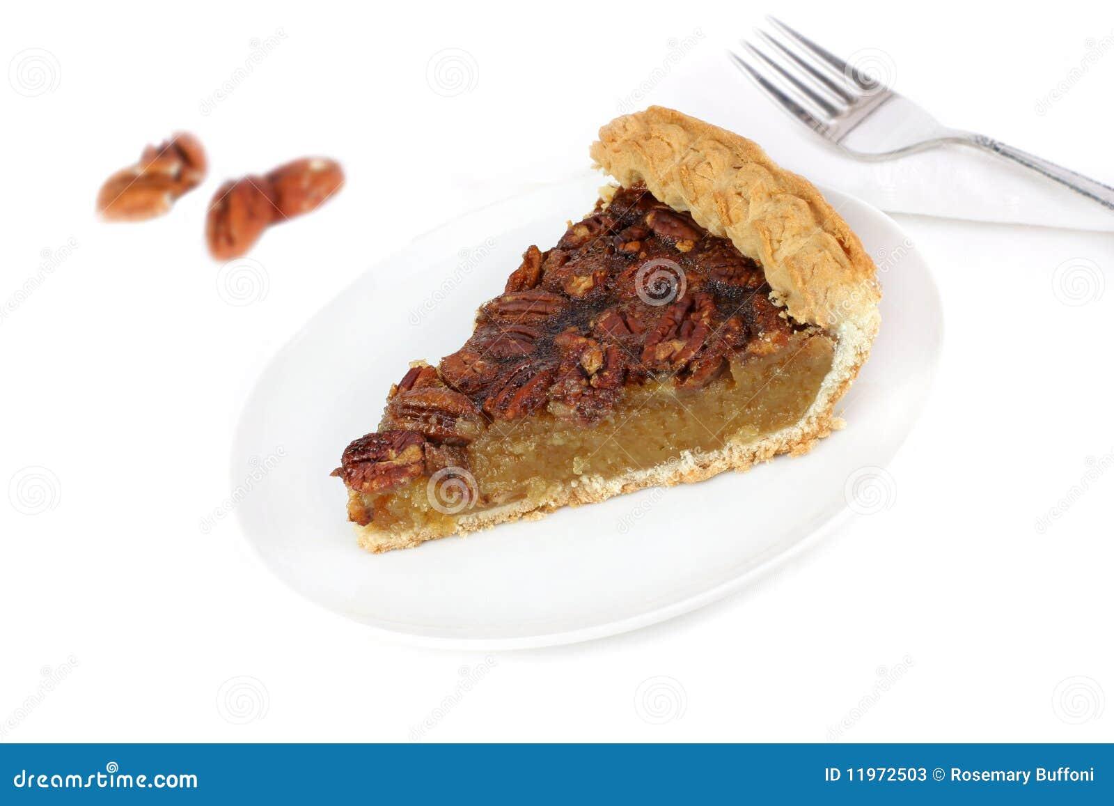 Pekannuss-Torte-Scheibe auf weißem Hintergrund