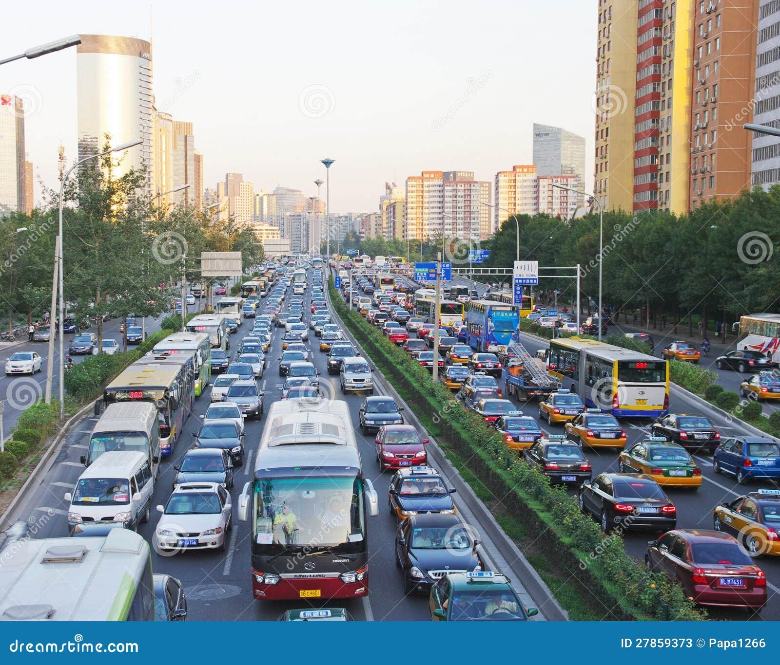 PEKIN Ruchliwie Drogowy Pekin
