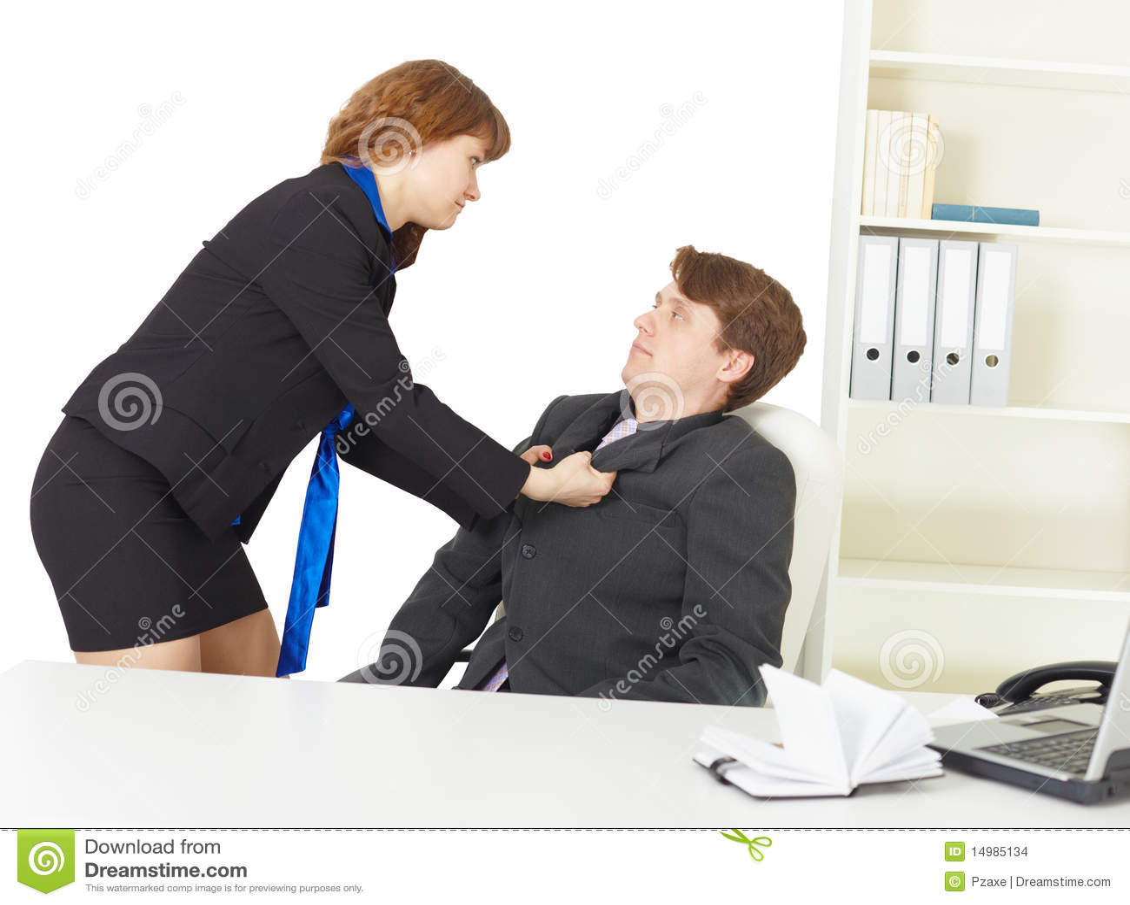 Pelea de hombres en la oficina imagenes de archivo for Xxx porno en la oficina