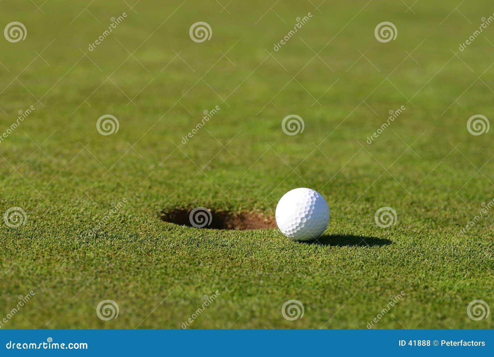 Download Pelota de golf foto de archivo. Imagen de hierba, deportes - 41888