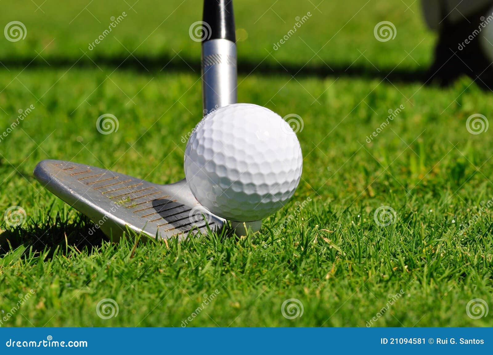 Pelota de golf y programa piloto