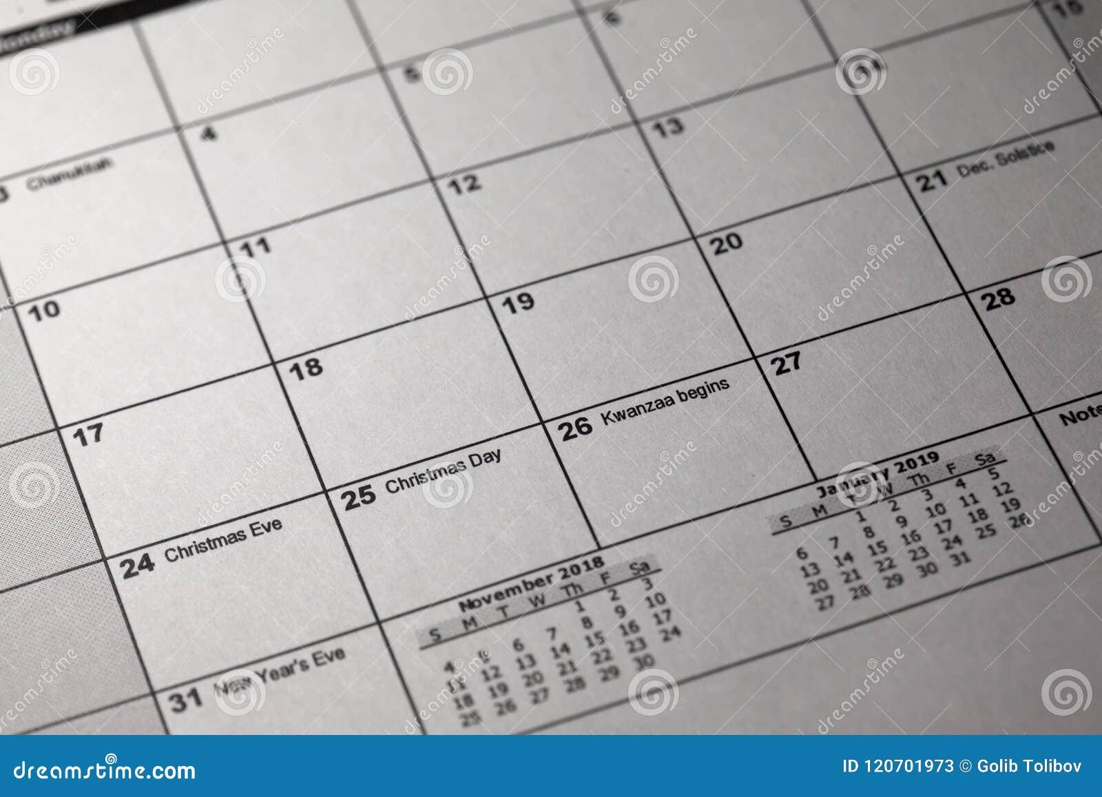 Pen And Desktop Calendar 24 And 25 Th December 2018 Christmas Eve