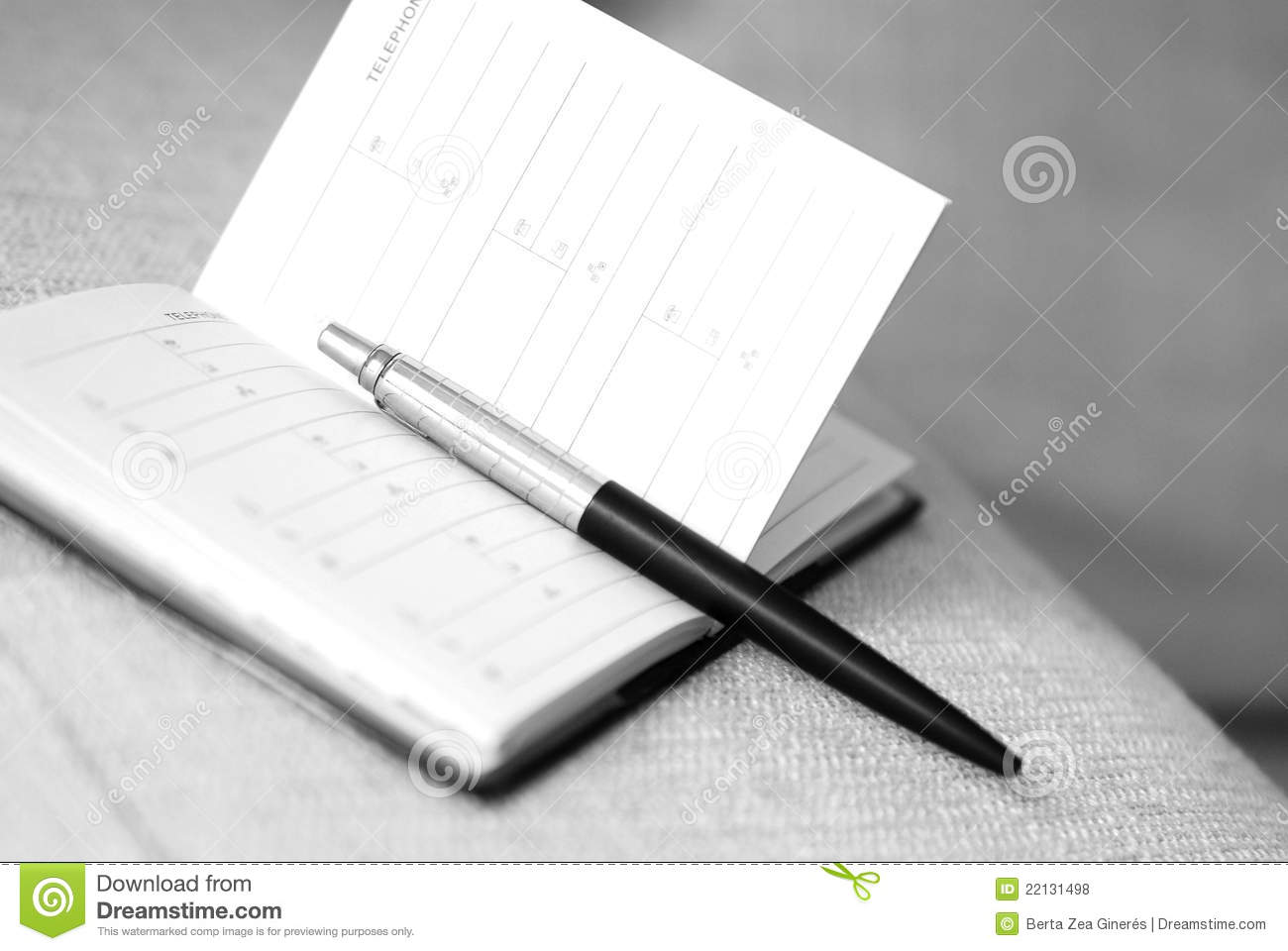 Pen And Empty Address Book Royalty Free Stock Photos