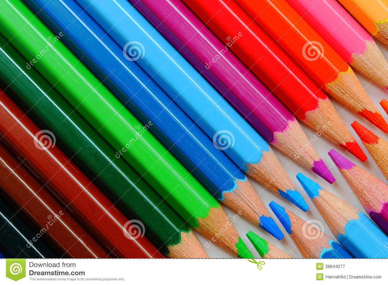 how to make black with pencil crayons