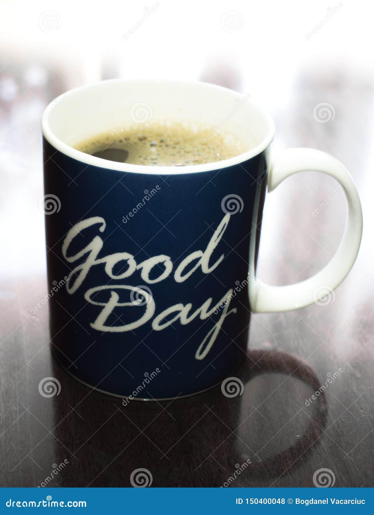 Pendant un beau jour, nous avons besoin d un bon café