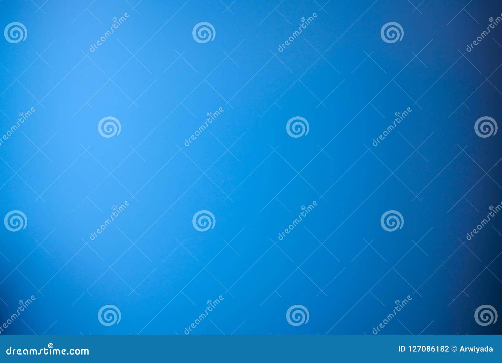 Pendiente azul de la falta de definición del extracto del fondo con el wh limpio brillante de la marina de guerra