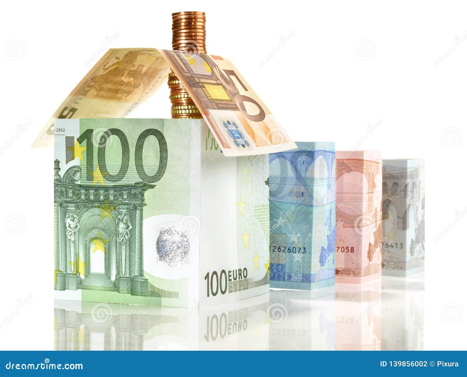 Pengar - Real Estate begrepp med sedlar