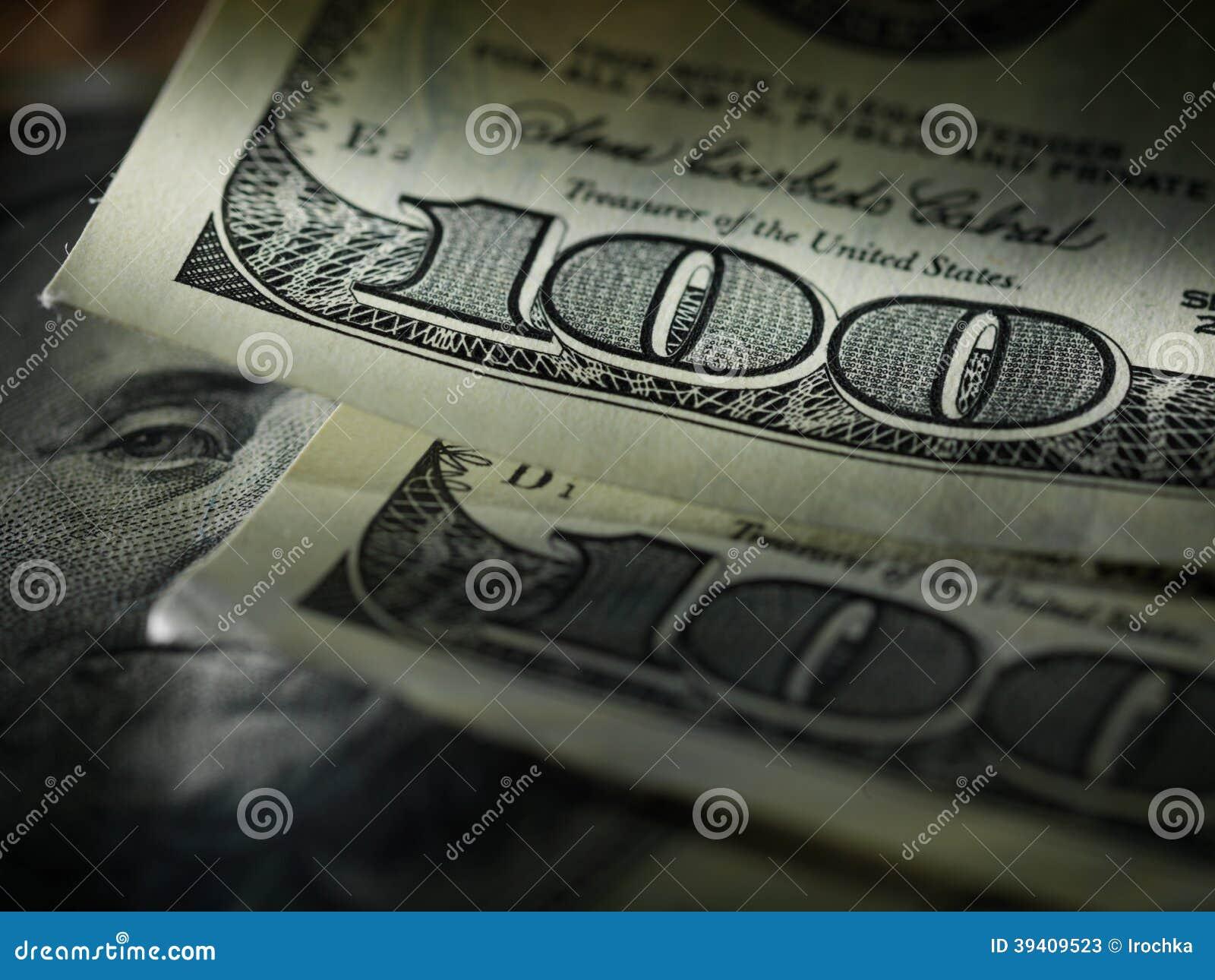 Pengaramerikan hundra dollarräkningar