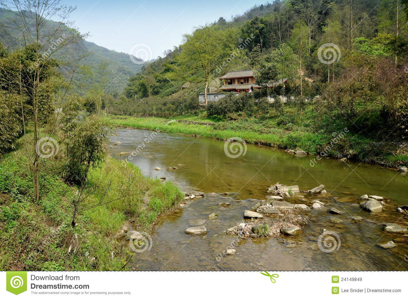 Pengzhou, China: Mountain River & Sichuan House Stock Image - Image