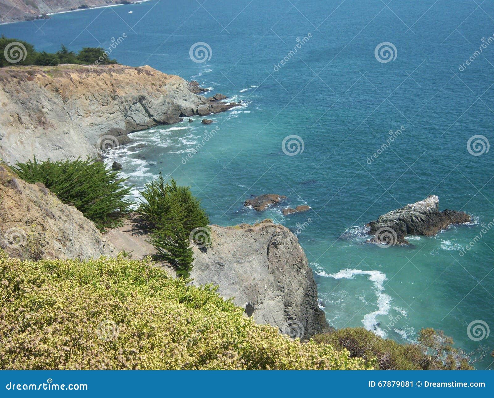 Penhasco do oceano