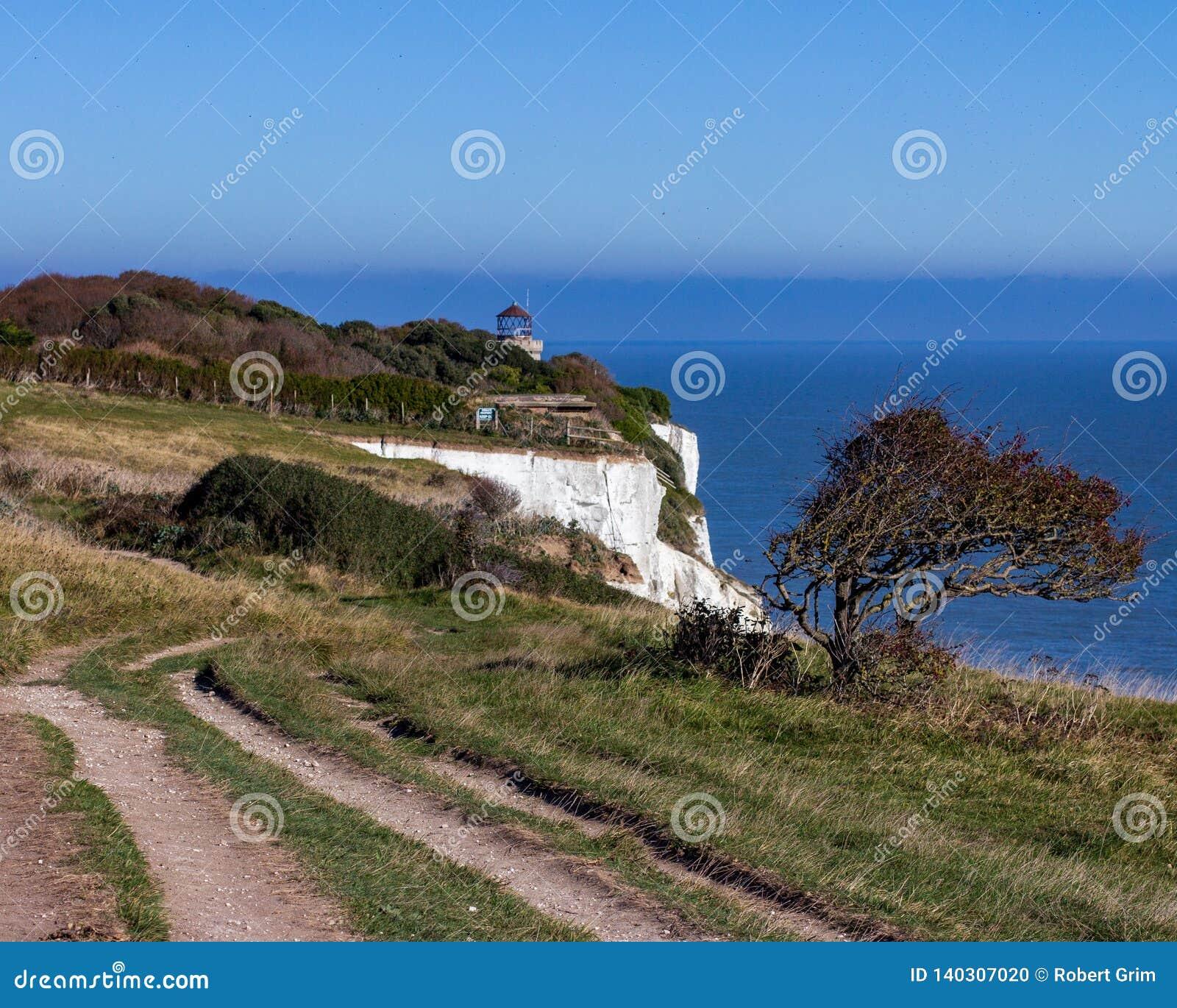 Penhascos brancos de Dôvar em Kent, Inglaterra, Reino Unido