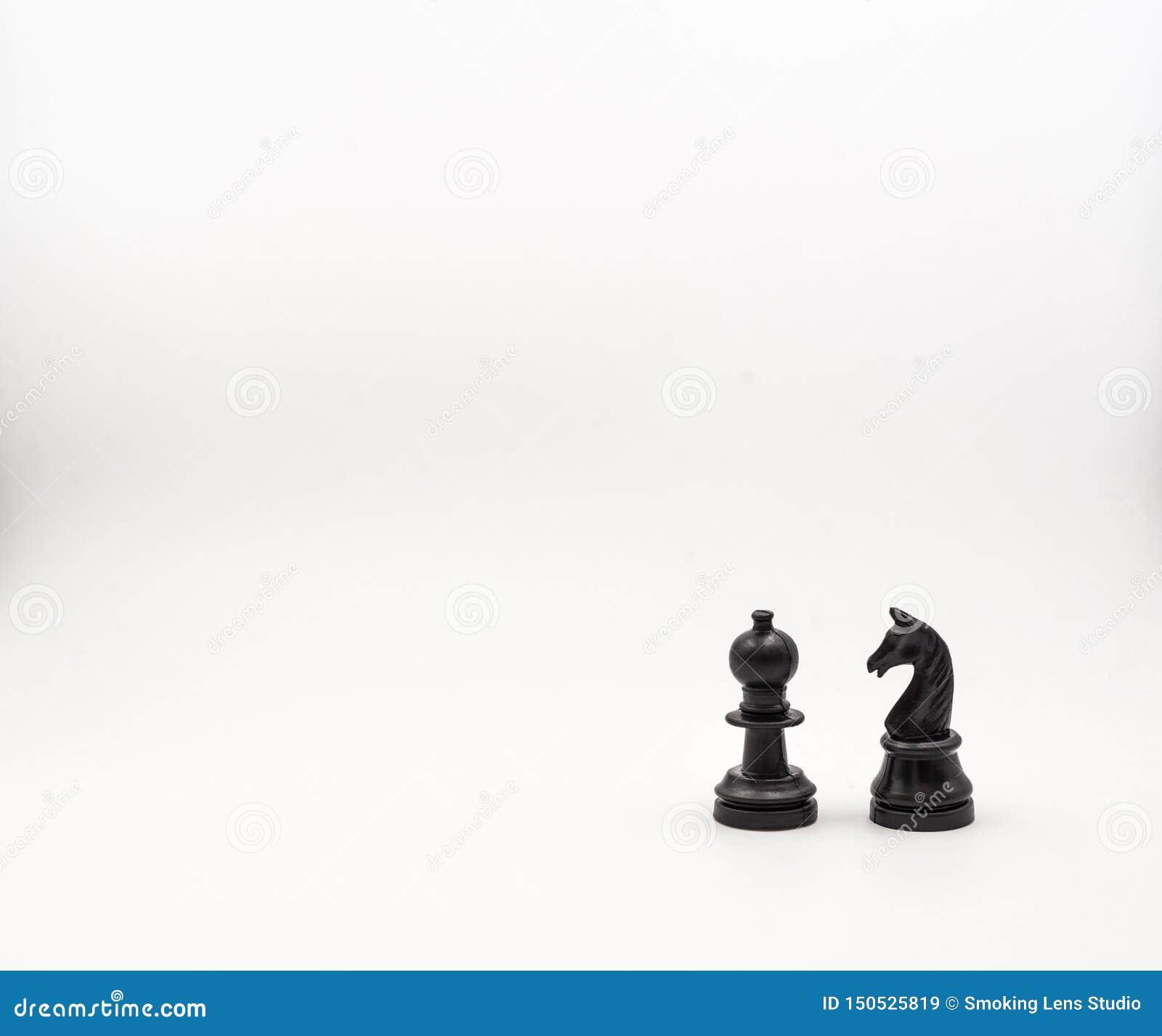 Penhores da xadrez no fundo branco, isolado