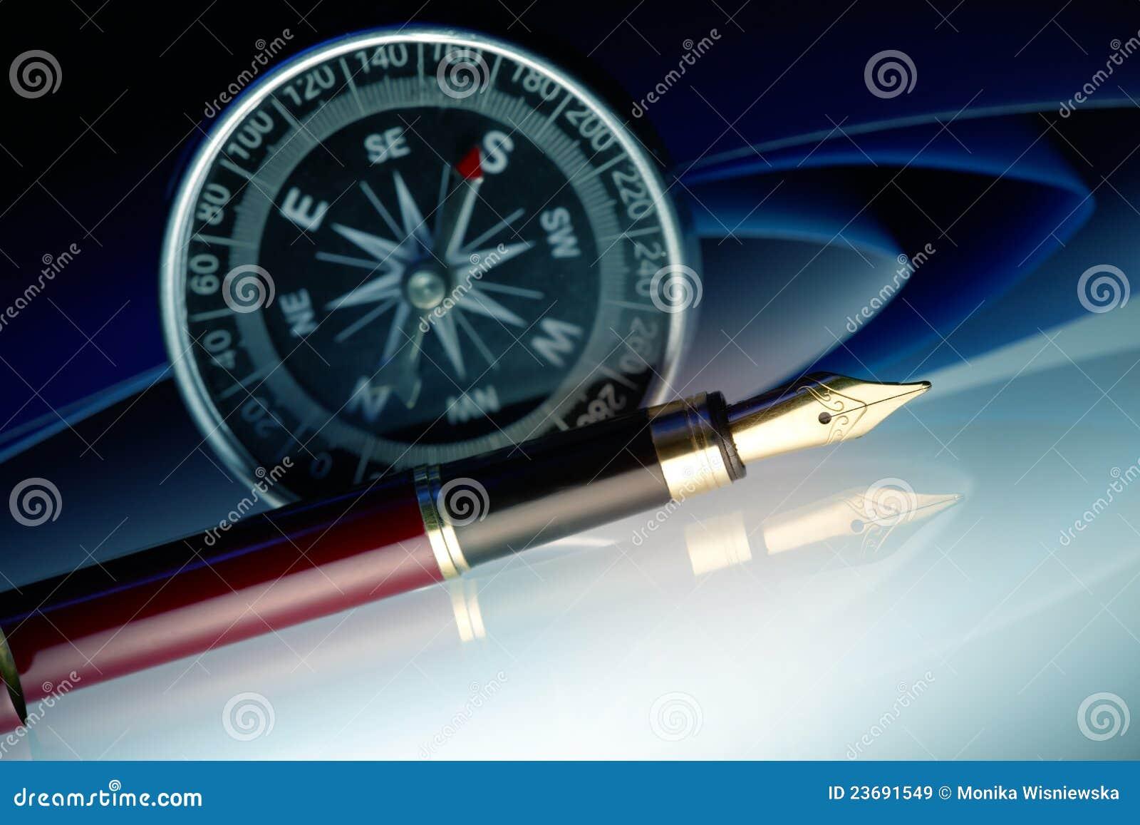 Penna con la bussola