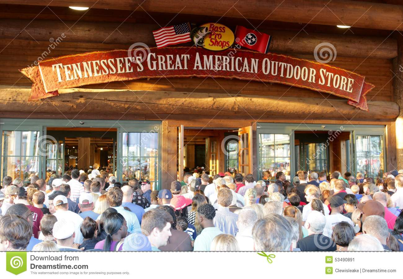People Attending Bass Pro Shopu0027s Grand Opening Memphis Tennessee Stock Image