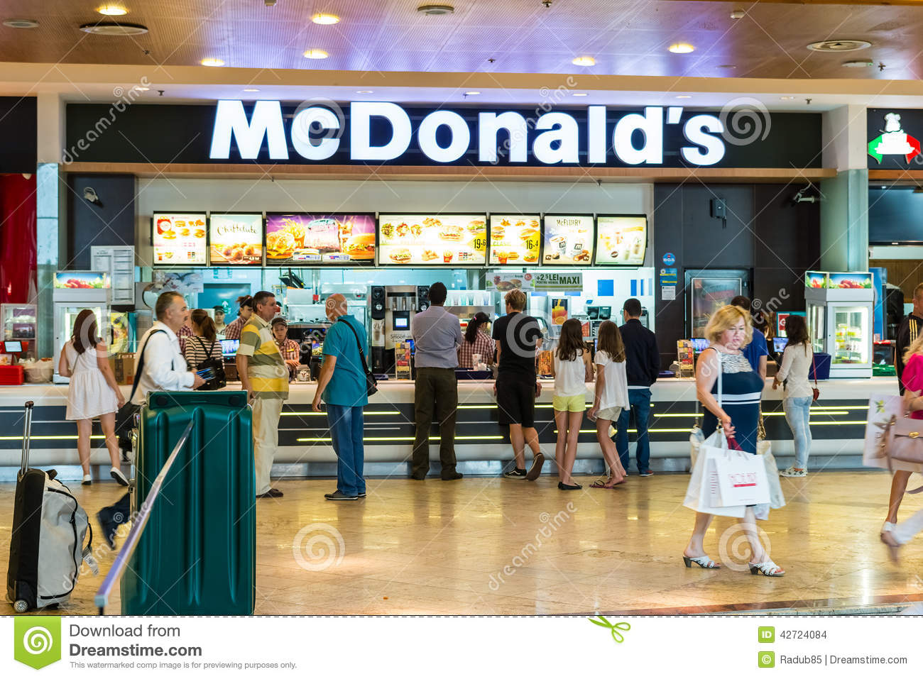 People buying fast food from mcdonalds restaurant editorial stock people buying fast food from mcdonald s restaurant publicscrutiny Image collections