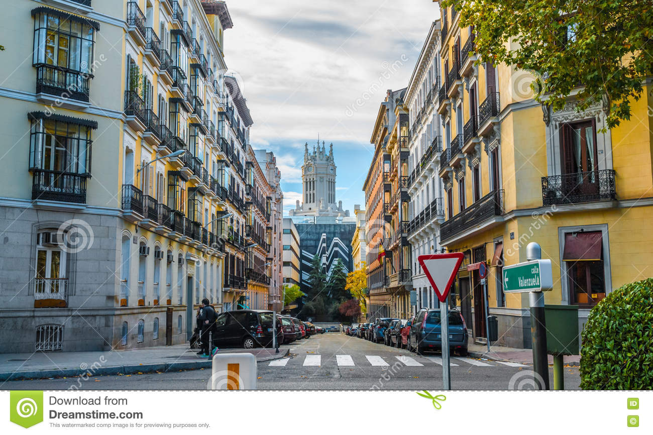 People Cross The Street, In The City Of Madrid, Spain ...