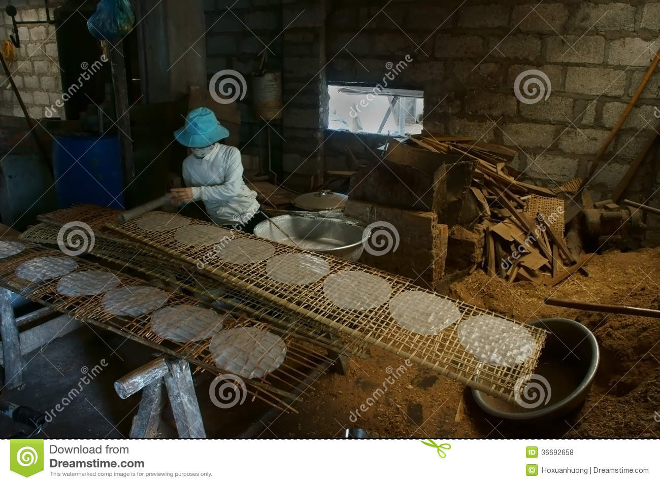 People Do Traditional Vietnam Food From Rice Flour Editorial