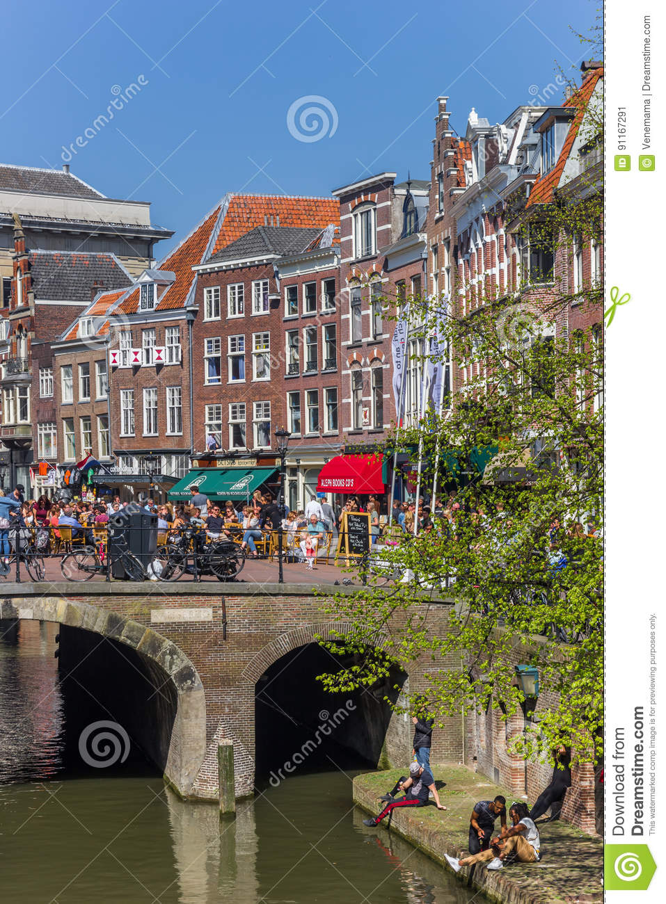 People Enjoying The Sun At The Canals Of Utrecht Editorial Photo