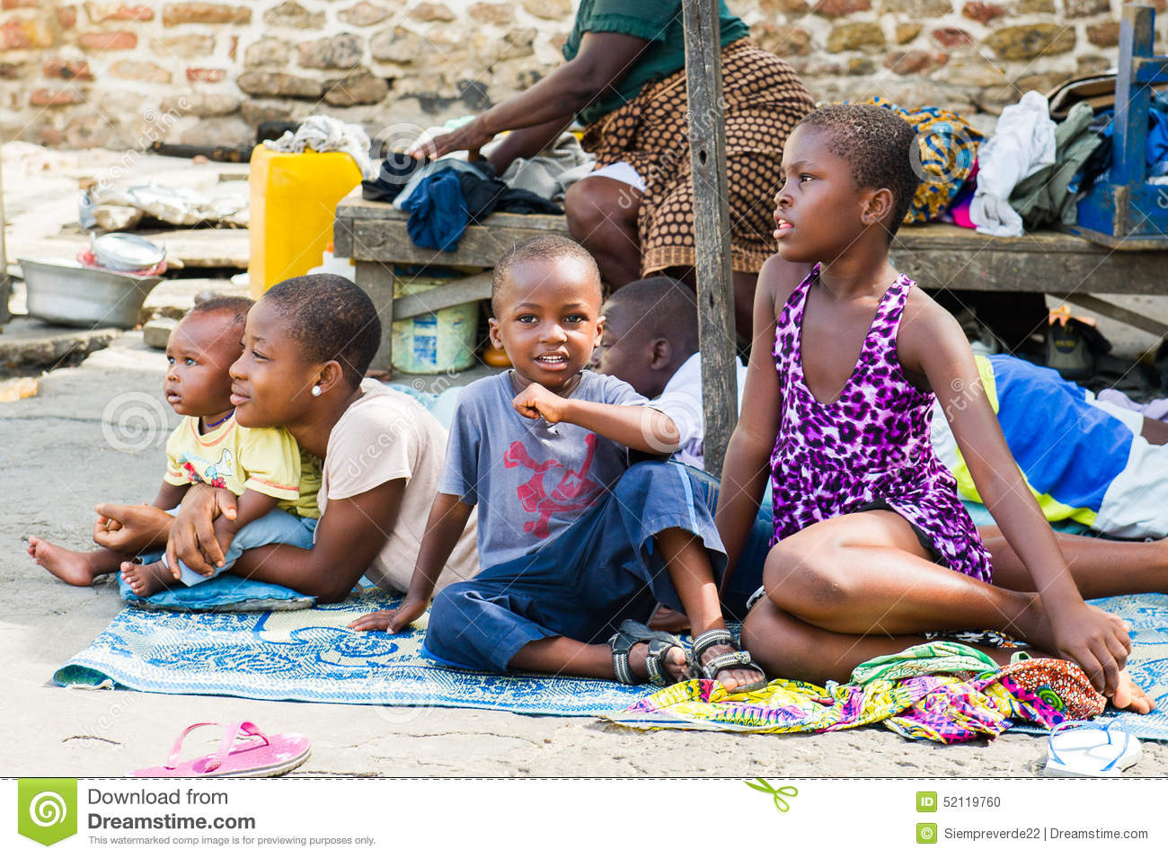 poverty in ghana Ii preface and acknowledgement this publication presents the latest analysis of the living conditions of ghanaian households and the poverty profile based on the .
