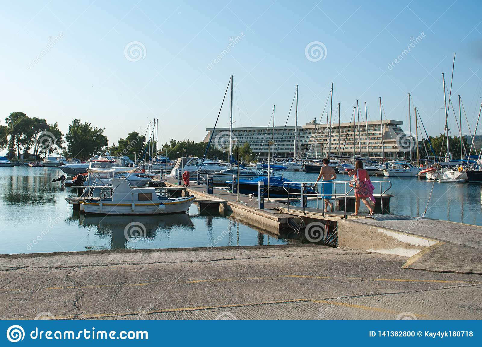 People go to rent a yacht, boat. Rental vehicles for travel and recreation