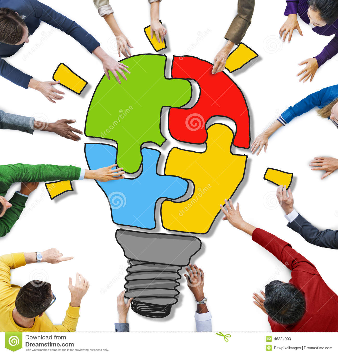 People With Jigsaw Puzzle Forming Light Bulb Stock