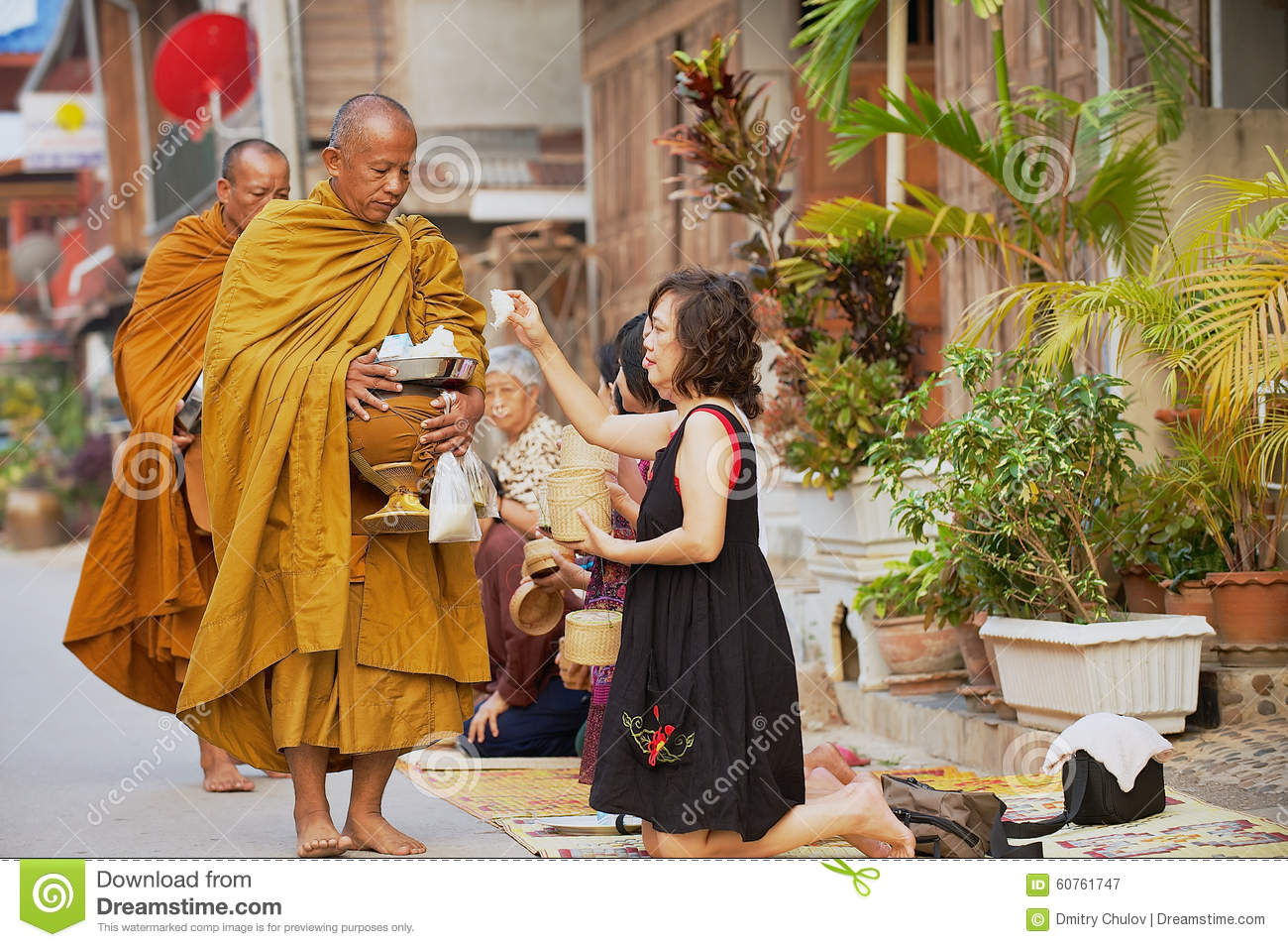 """pepsi commercial with chinese monks as art essay Pepsi's recent and risible """"protest"""" ad has birthed memes that liken it to  a remix  of the pepsi commercial in the style of they live."""