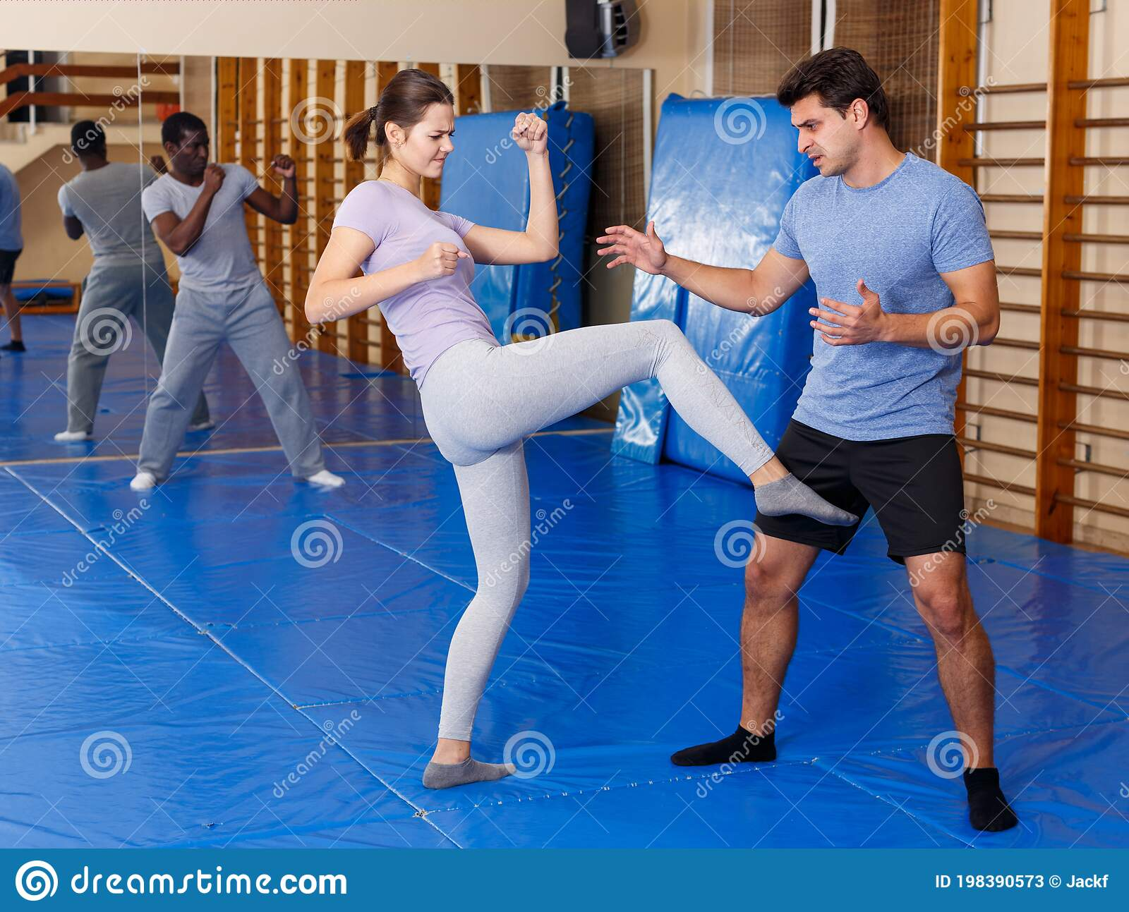 People Practicing Self Defense Techniques Stock Image Image Of Karate 2030s 198390573