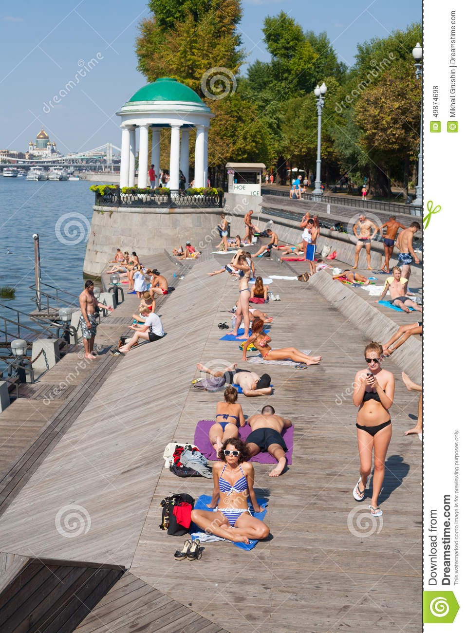 Beach vacation in Moscow 94