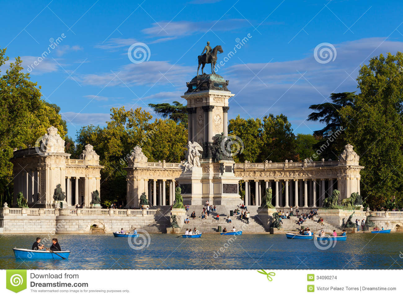 People Relaxing In The Pond Of Retiro Park In Madrid Editorial Stock Image - ...