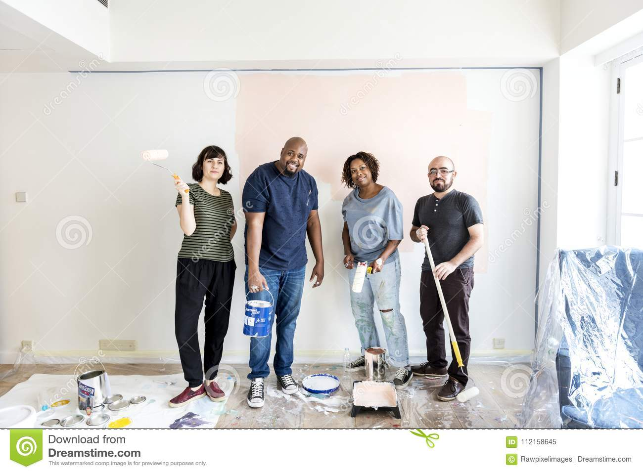 People renovating the house together