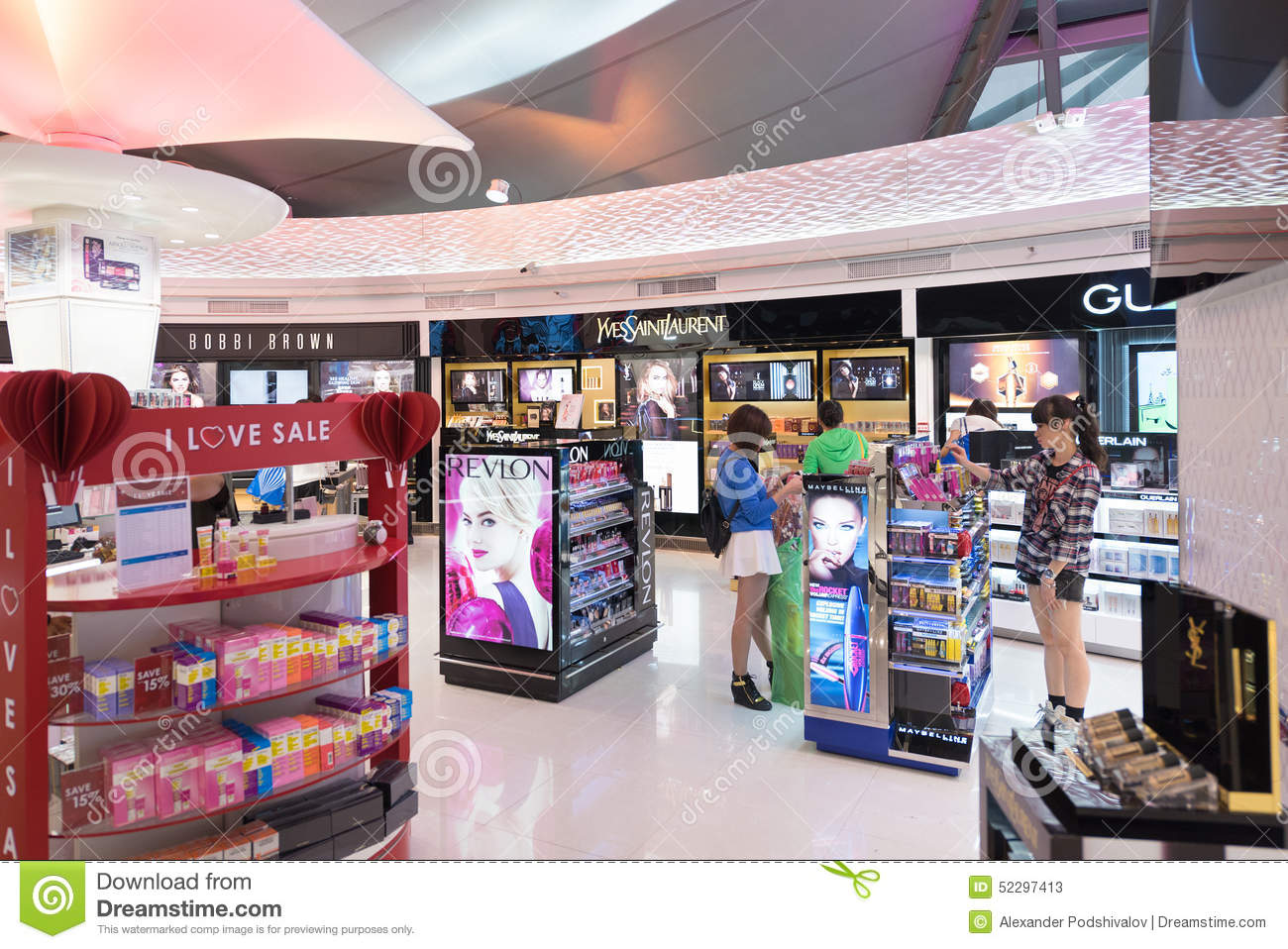 People shop at duty free cosmetics boutiques bangkok for Free people store decor