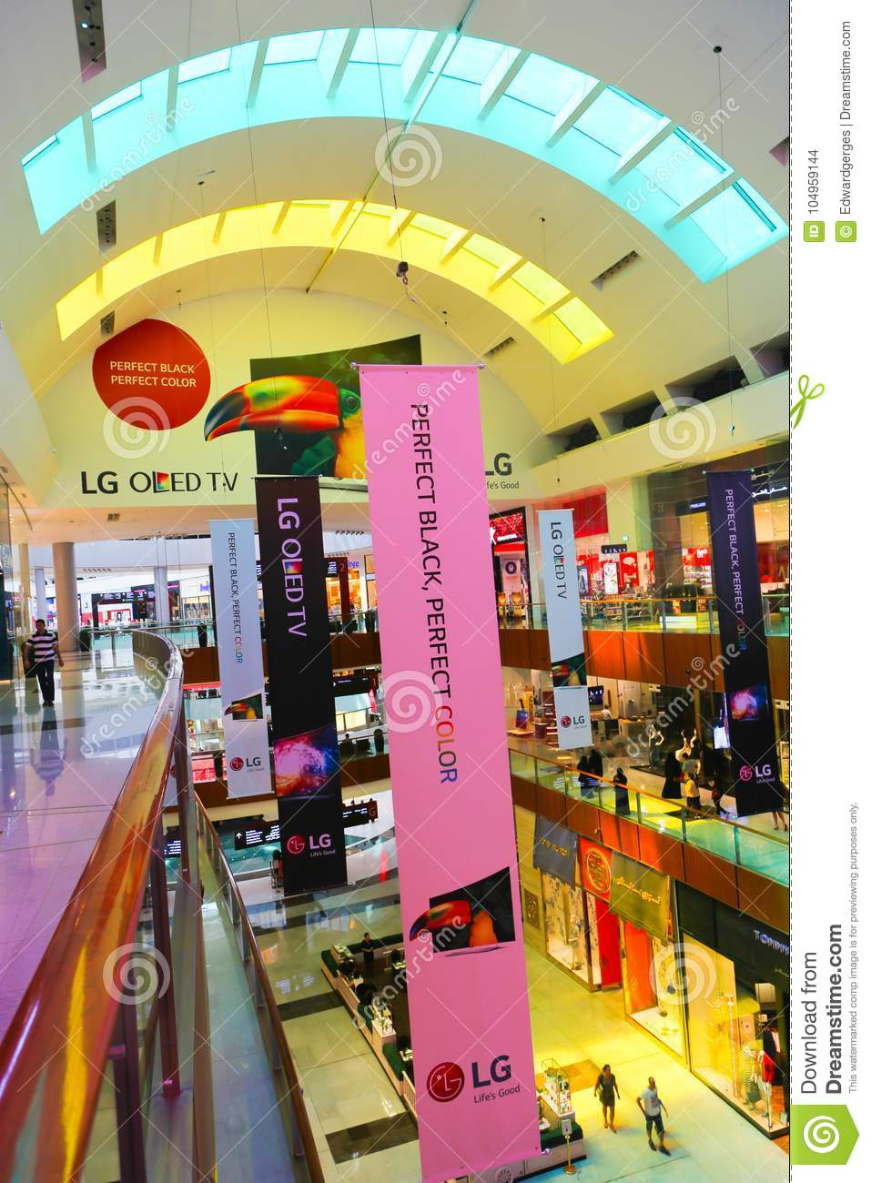 People Shopping At Dubai Mall Editorial Stock Image - Image of