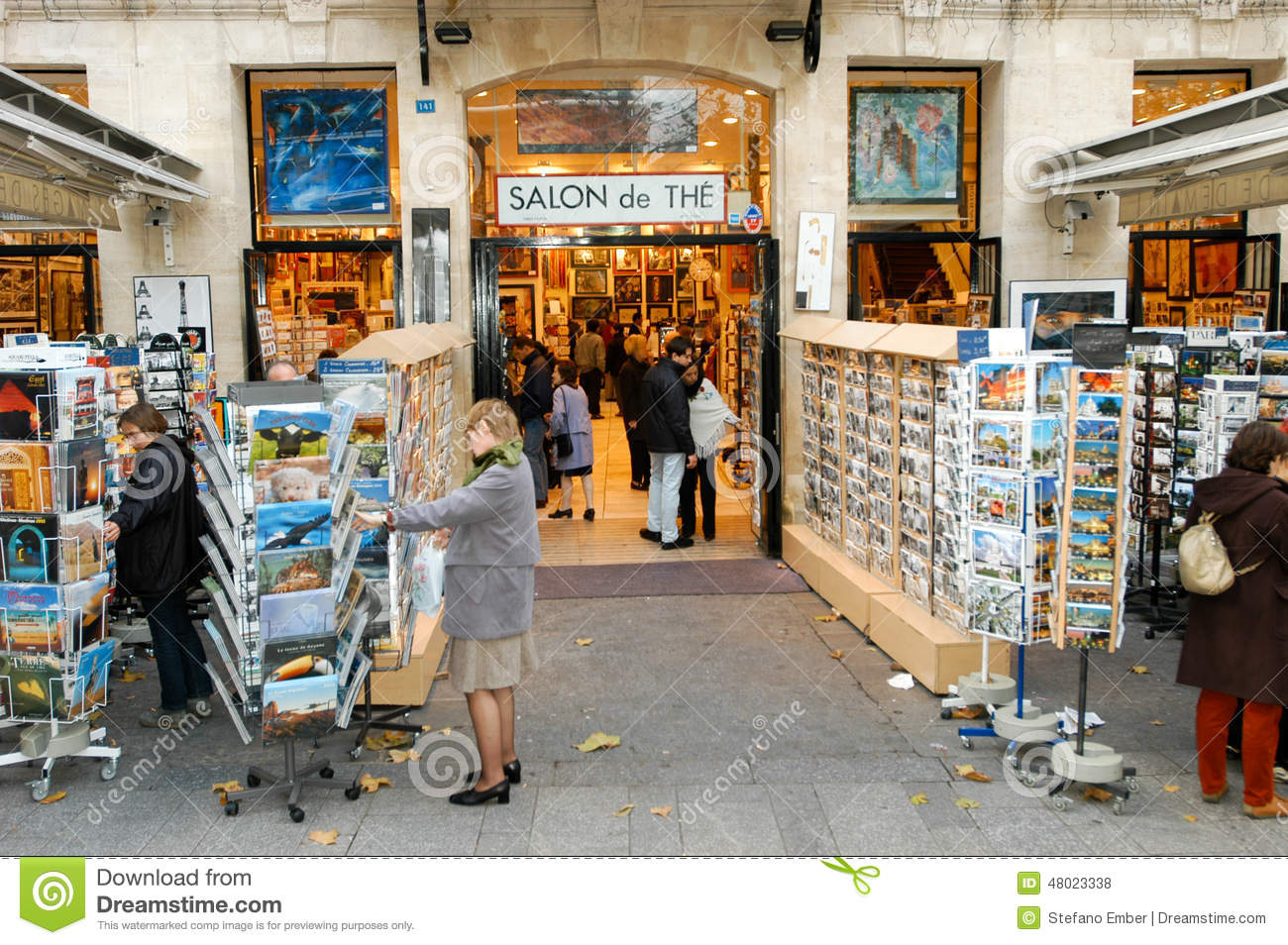 people shopping at a souvenir shop of paris editorial stock photo image of france souvenir. Black Bedroom Furniture Sets. Home Design Ideas