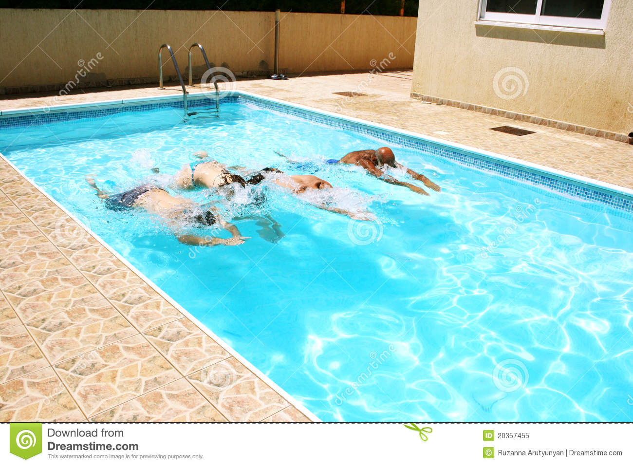 People In Swimming Pool Royalty Free Stock Photo - Image: 20357455