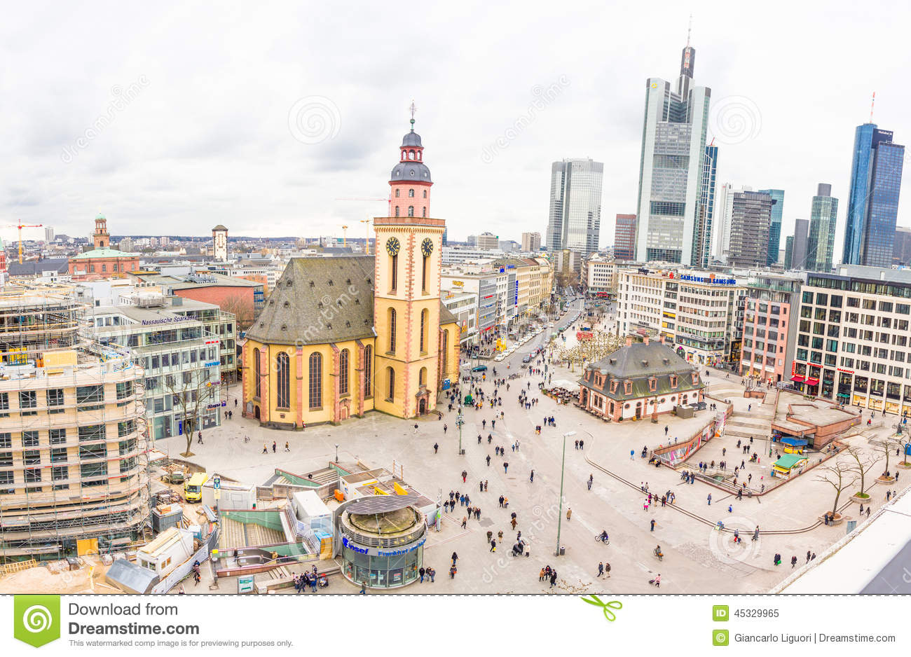 people walking in the hauptwache plaza in frankfurt editorial image image of financial. Black Bedroom Furniture Sets. Home Design Ideas