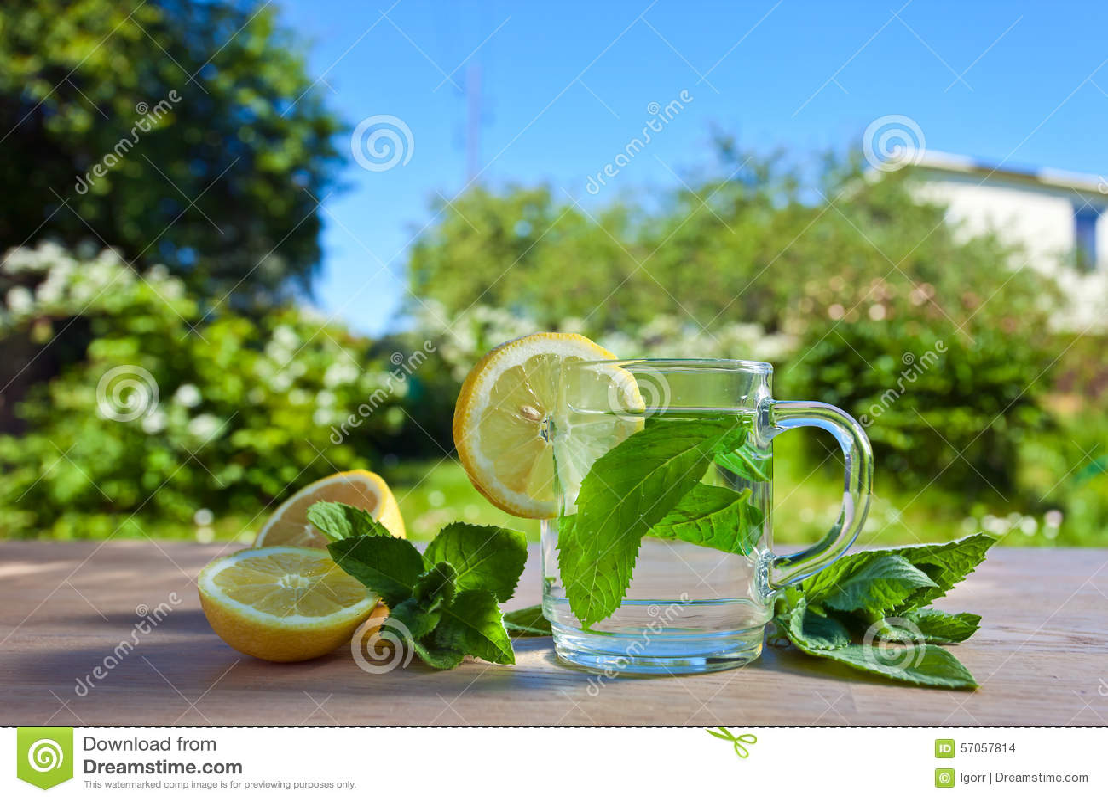 Pepermuntthee met citroen