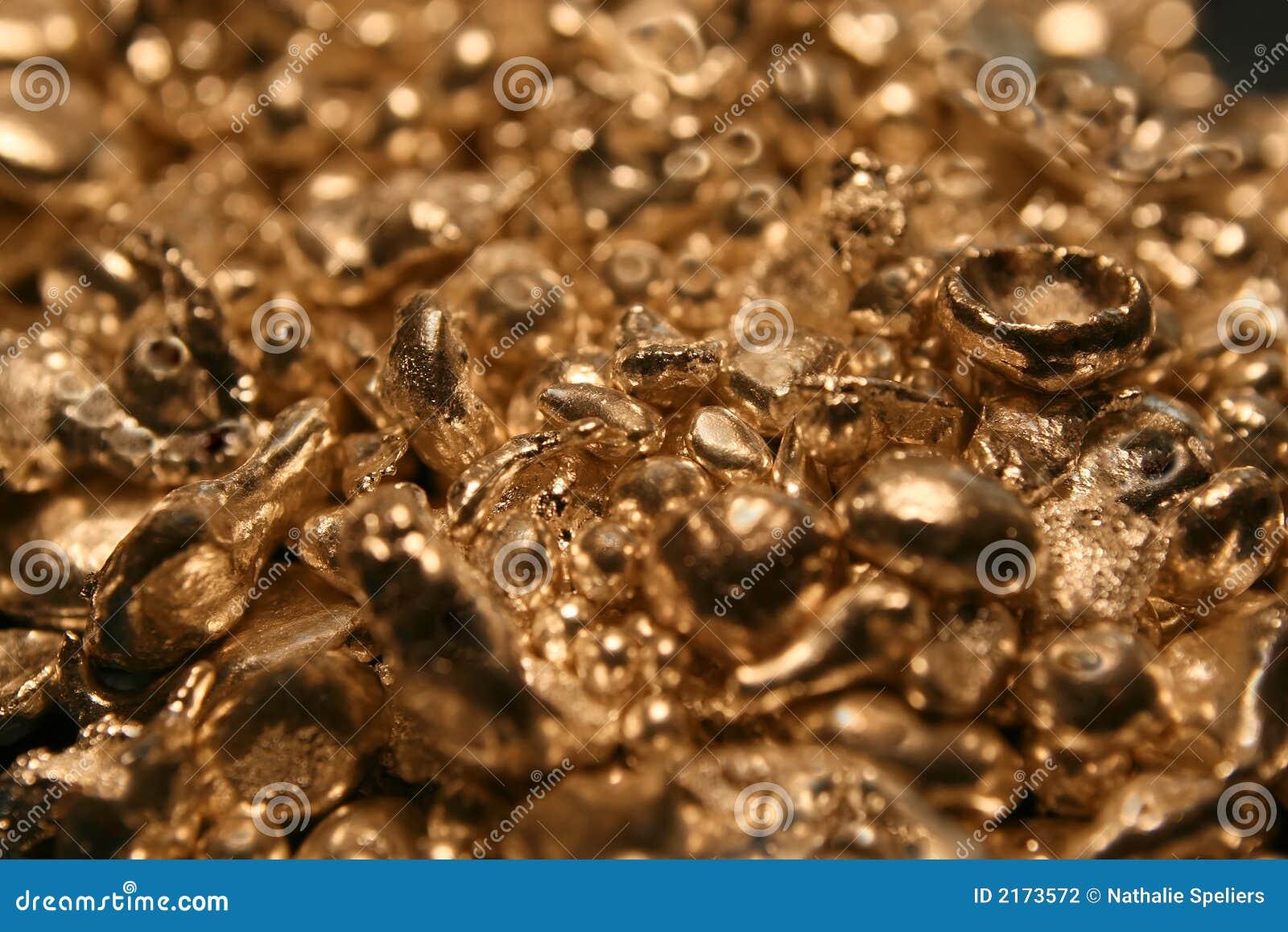 La imagen macra de las pepitas de oro del los joyeros esconde. Ésta ...