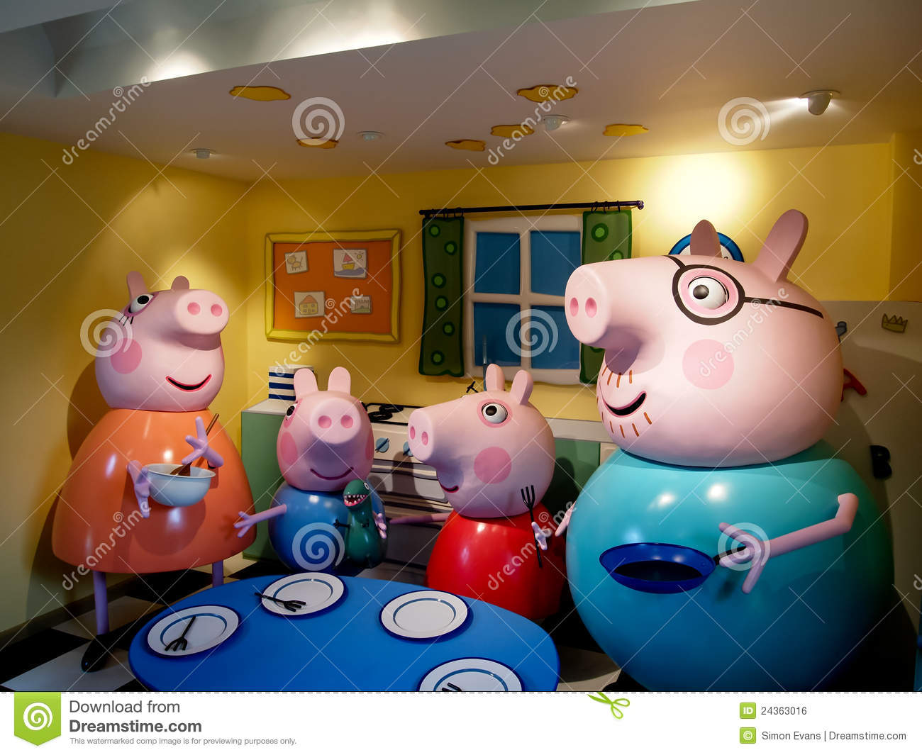 Peppa Pig And Family Editorial Photo Image 24363016