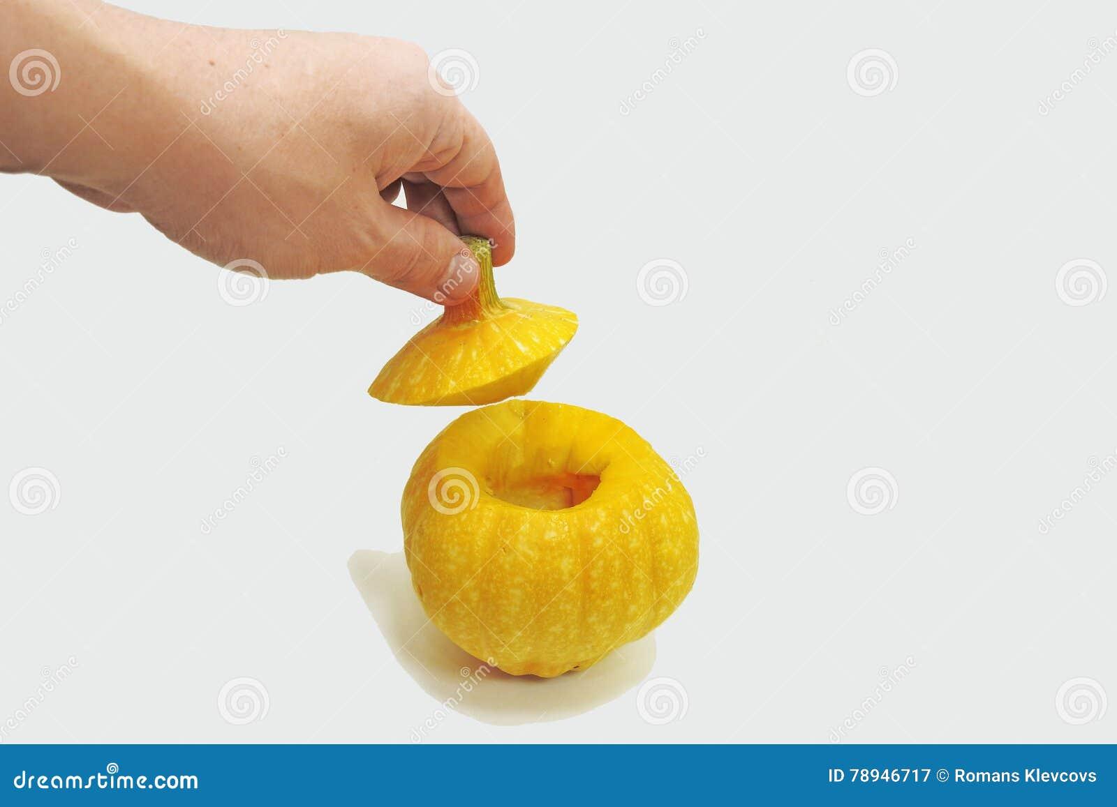 Pequeña calabaza amarilla