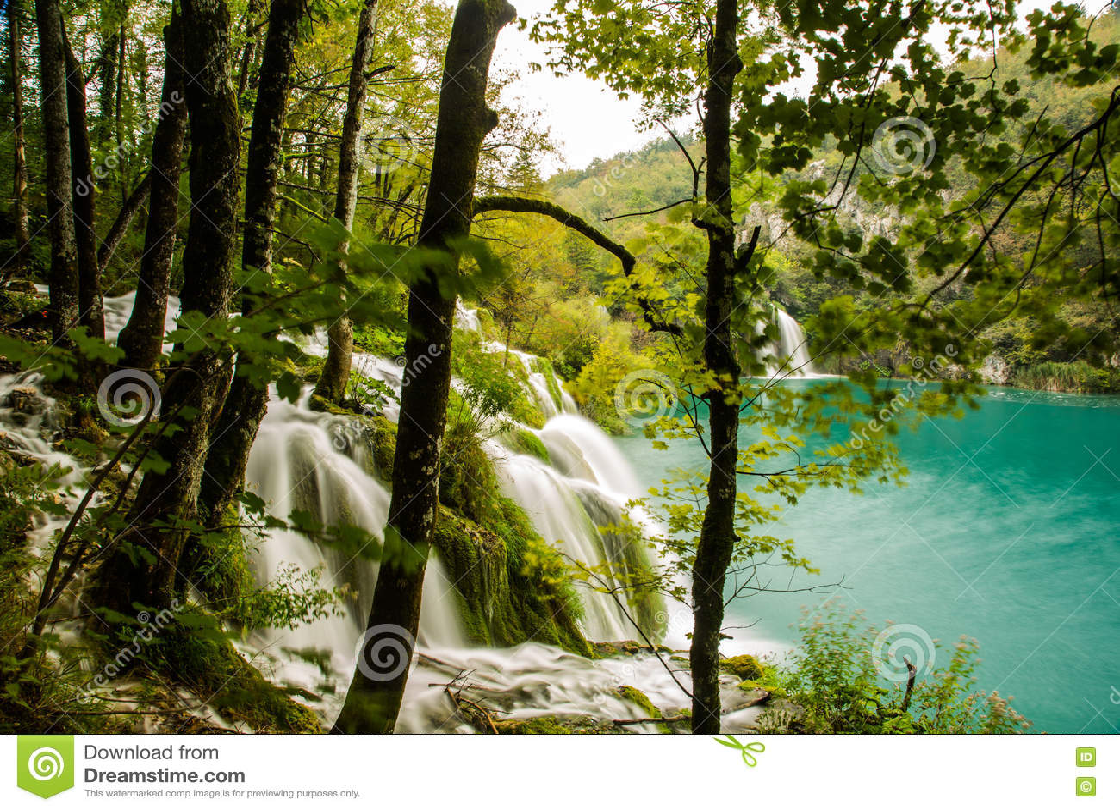 Pequeña cascada en Croacia, Plitvice