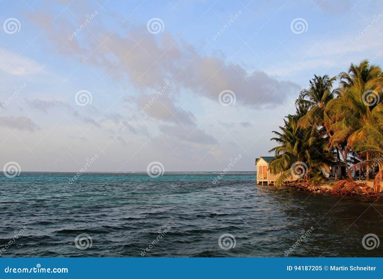 Pequeña isla del tabaco Caye, Belice