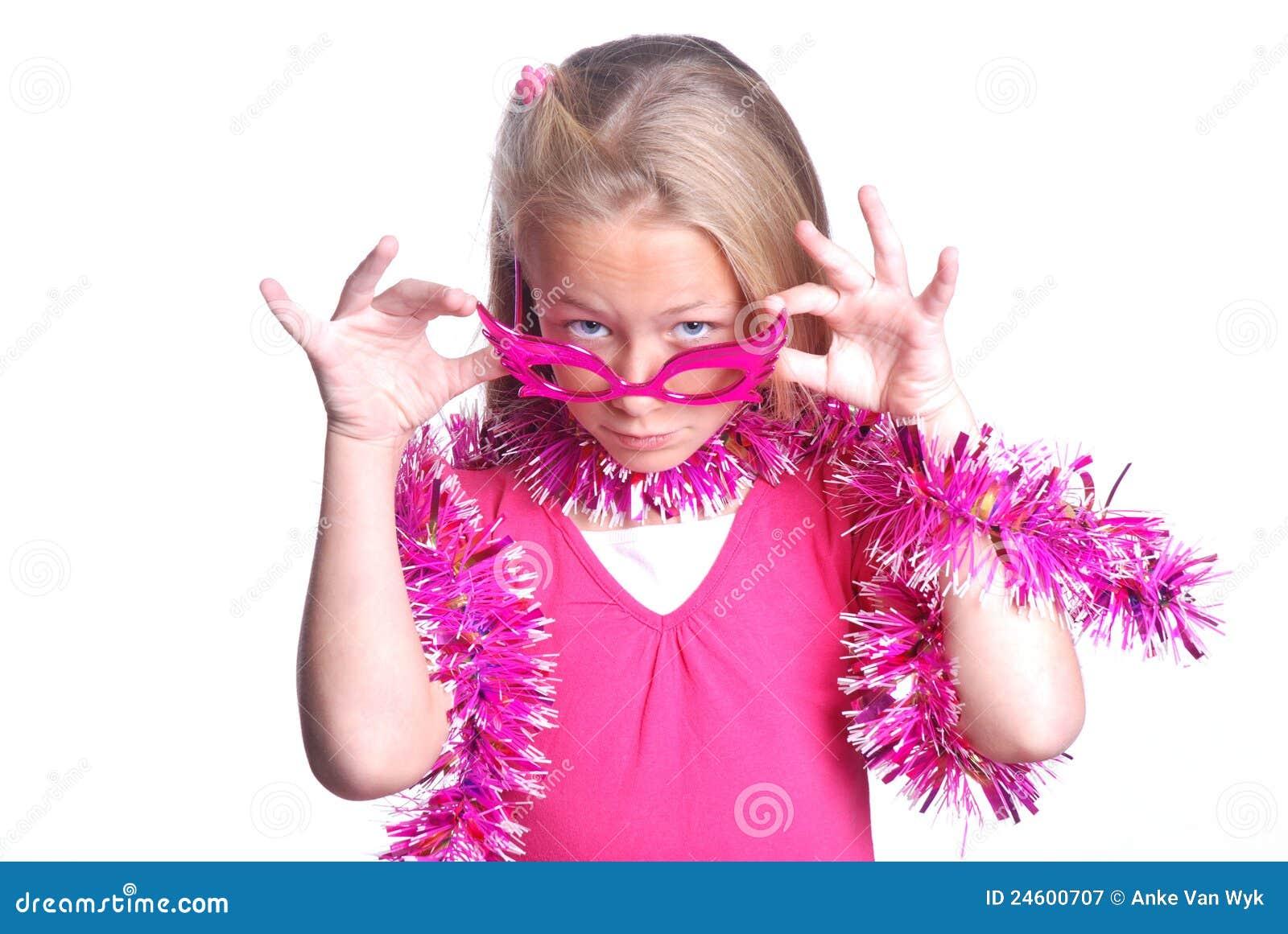 Pequeña muchacha de partido bastante rosada