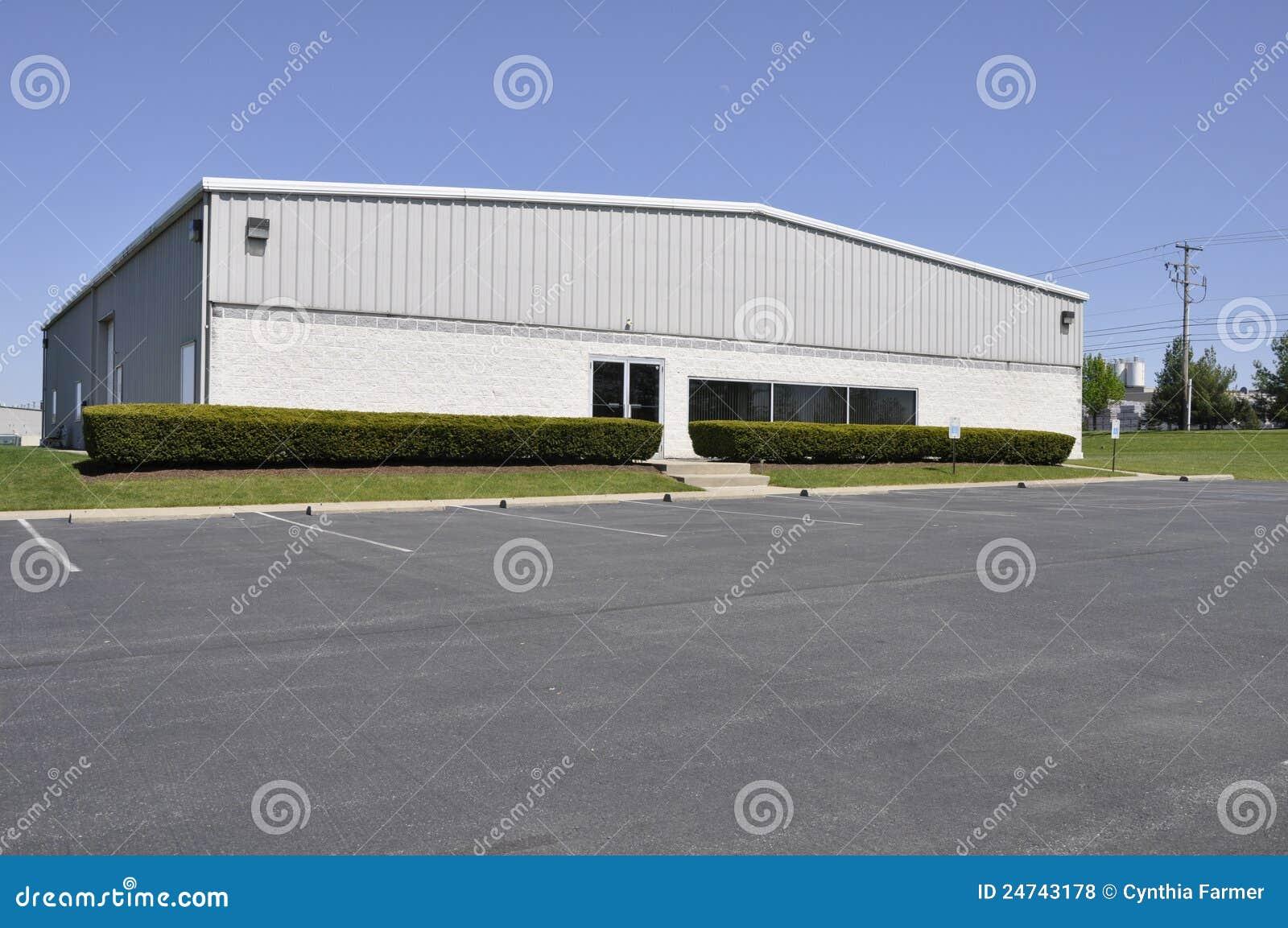 Pequeña oficina o edificio industrial