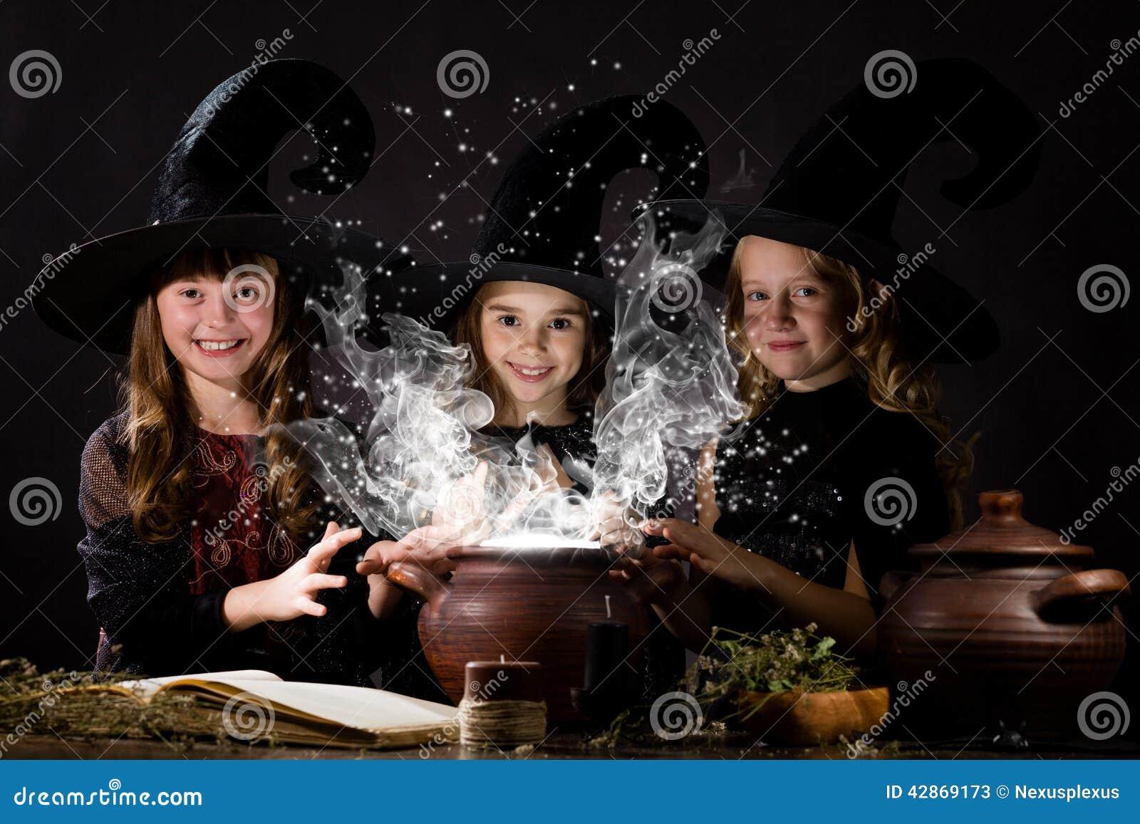 Pequeñas brujas