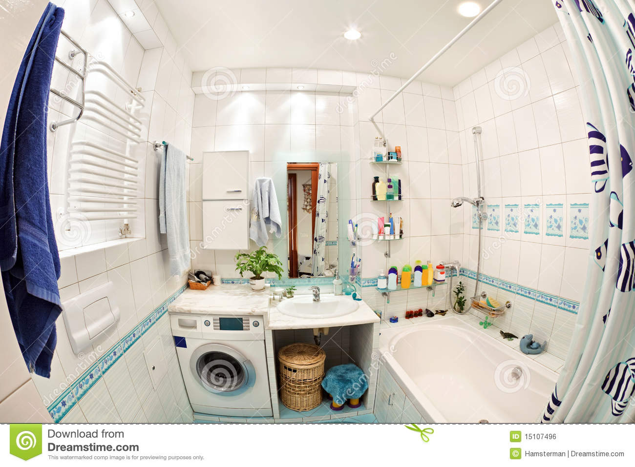 Baños Azules Pequenos:Best Wide Angle Lens for Interior Shots