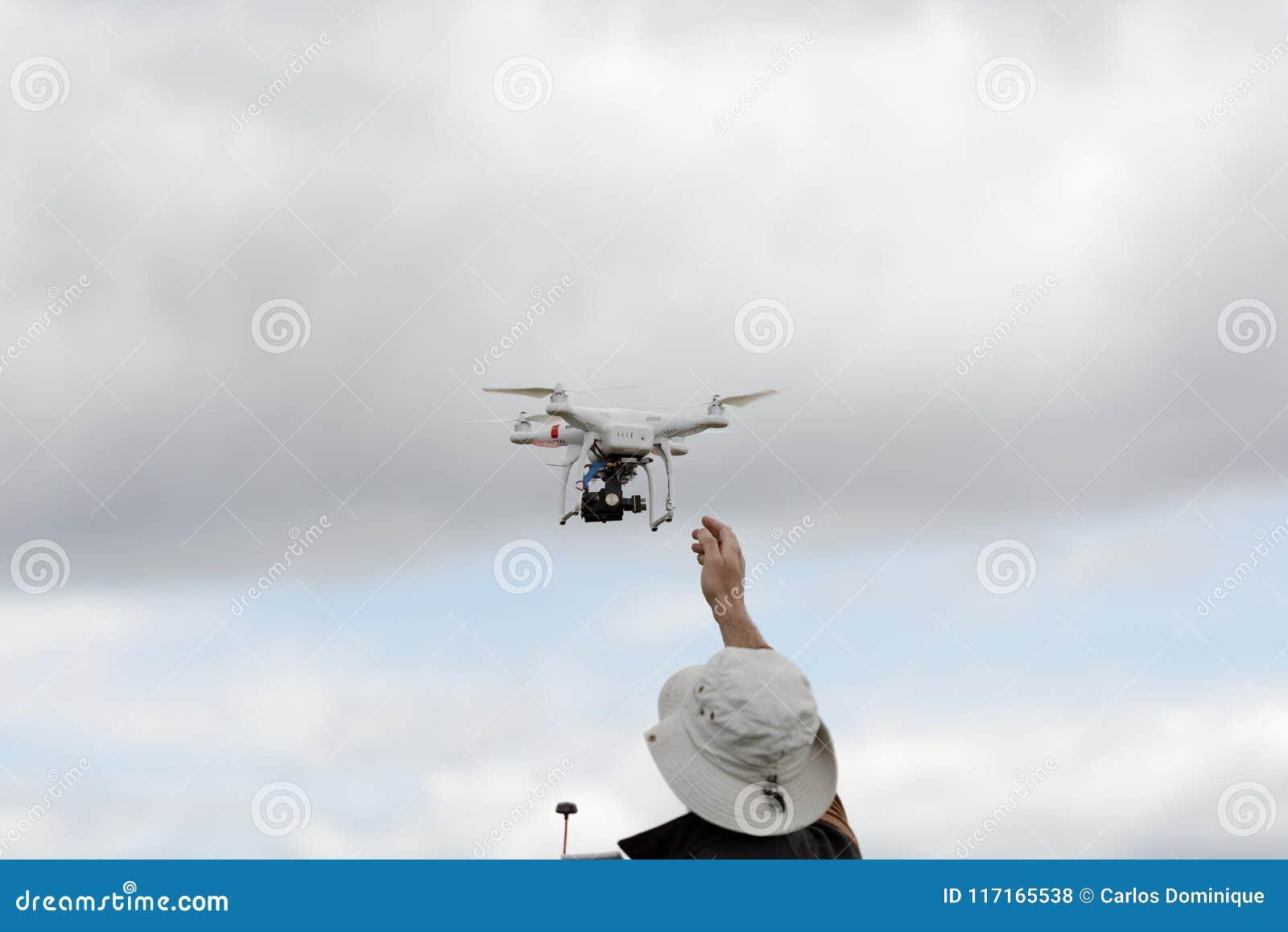 Pequeño lanzamiento del abejón del consumidor a mano